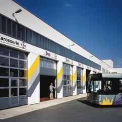 Installation de porte industrielle dans la Drôme